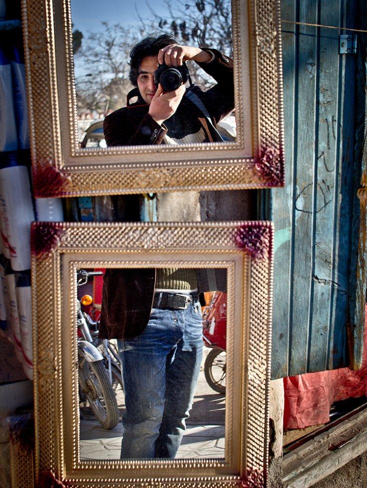 نام: self portrait.jpg نمایش: 1806 اندازه: 200.1 کیلو بایت