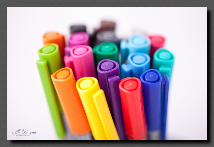 نام: Various_Colored_Fountain_Pens_Resized.jpg نمایش: 1681 اندازه: 100.6 کیلو بایت