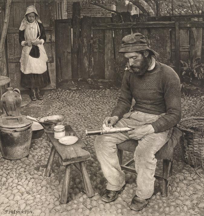 نام: A-Fisherman-At-Home-m.jpg نمایش: 1754 اندازه: 218.4 کیلو بایت