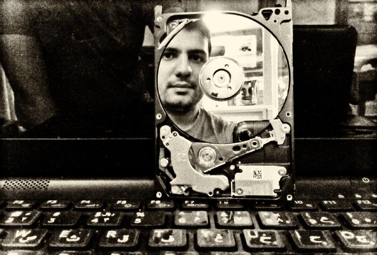 نام: Me Disk.jpg نمایش: 863 اندازه: 273.1 کیلو بایت