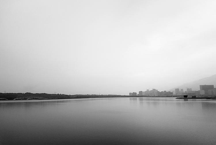 نام: Chitgar Lake small.jpg نمایش: 142 اندازه: 154.8 کیلو بایت